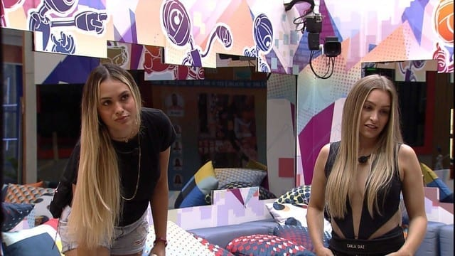 Sarah e Carla Dias tem conversa séria que pode tomar rumo ao paredão