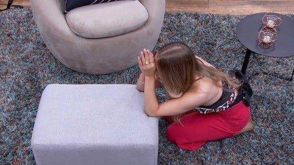 Carla Dias é escolhida para quarto secreto e promete voltar com tudo