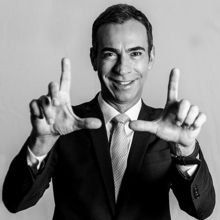 César Tralli assumirá Jornal Hoje, no lugar de Maju Coutinho